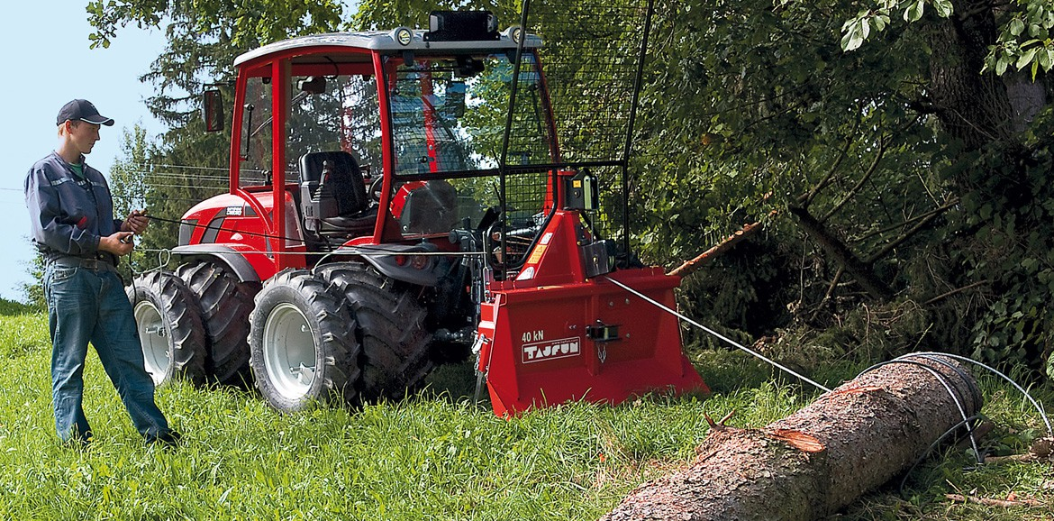 Antonio Carraro TTR Ergit 100, multi-purpose tractor