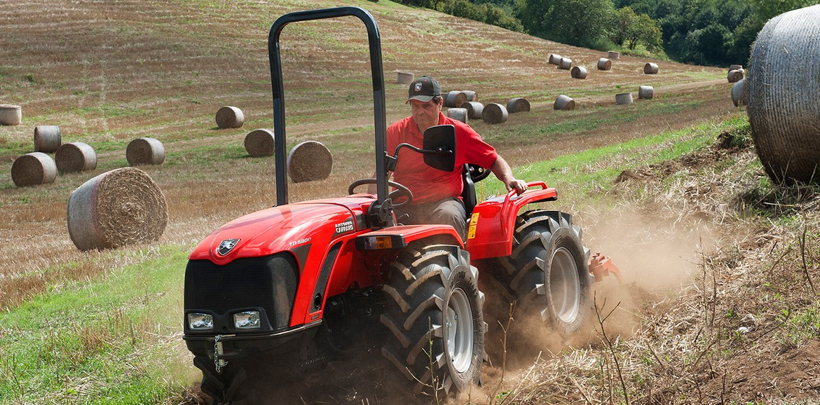 Antonio Carraro TN major, isodiametric steering tractor