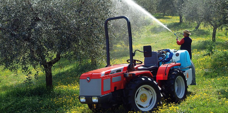 Antonio carraro trattori tigrone 5800 for Trattori usati antonio carraro 7500
