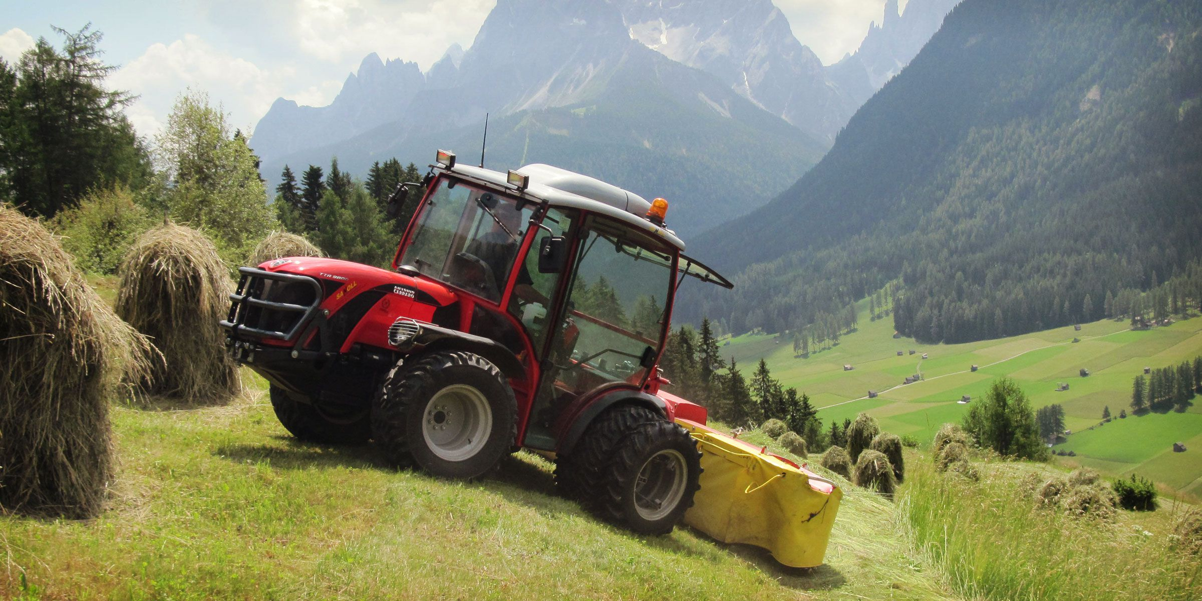 Antonio Carraro TTR Ergit 100, tractor for haymaking